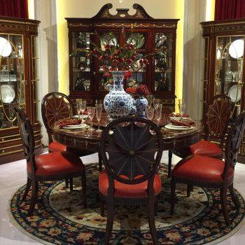 Antique British Style Dinning Set